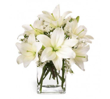 The Lush Lily Bouquet